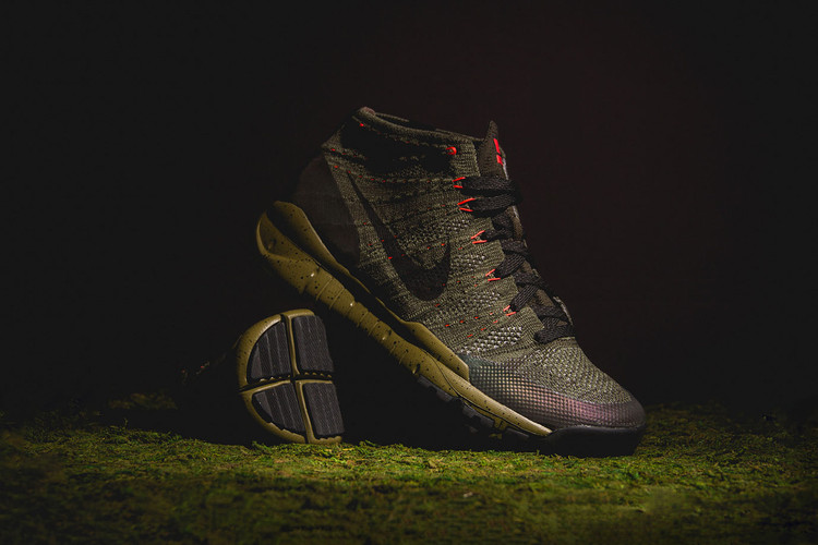 84bf6815077b A Closer Look at the Nike Flyknit Trainer Chukka