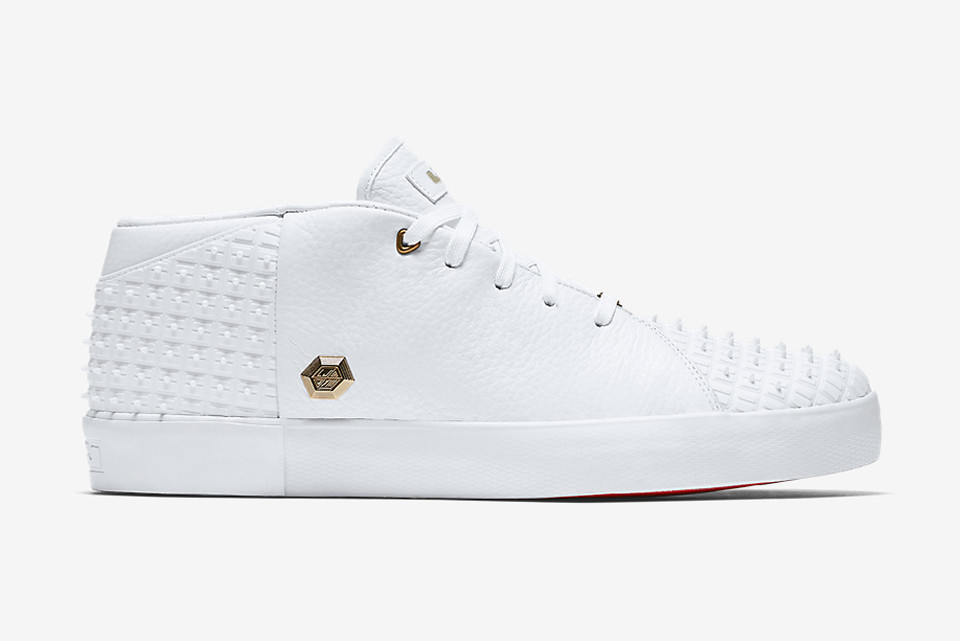 sports shoes 2a805 ee150 Nike LeBron 13 NSW Lifestyle White   HYPEBEAST