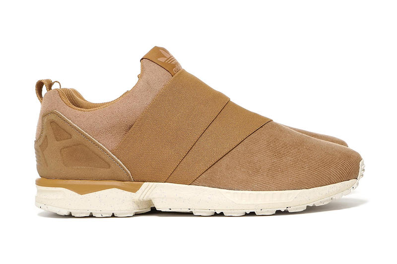 0a035b548d4da UNITED ARROWS   SONS x adidas Originals ZX Flux Slip On. Corduroy and suede  combine for the best ZX Flux Slip On yet.