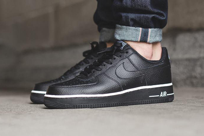 best service 61fc8 f9872 Nike Air Force 1 Low Black Black | HYPEBEAST