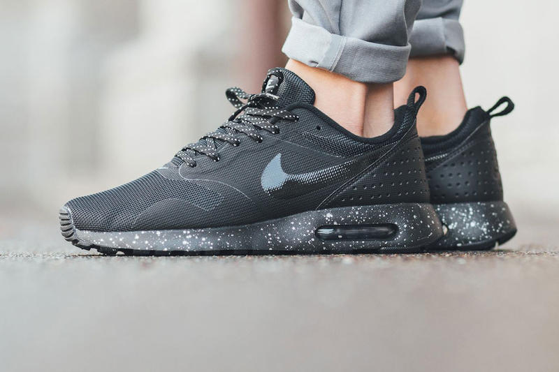 best website f6042 e4df1 The Nike Air Max Tavas Is Given a Stealthy Update