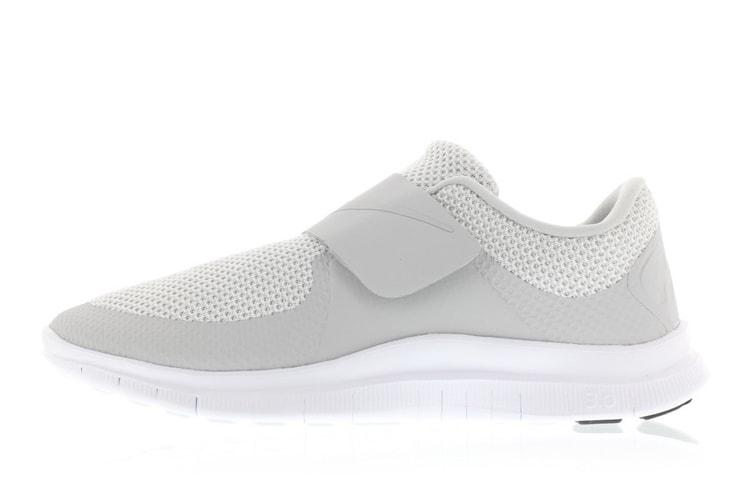 sale retailer 7f2d9 c0980 Nike Free Socfly