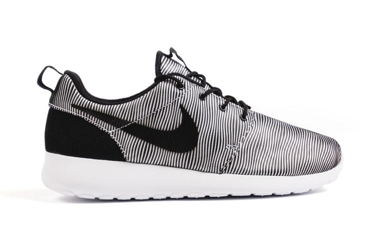 pretty nice 3c193 3332c Nike Roshe One Premium Plus