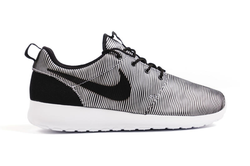 46bf27ca6382 Swoosh introduces a new rework of the Roshe Run silhouette.