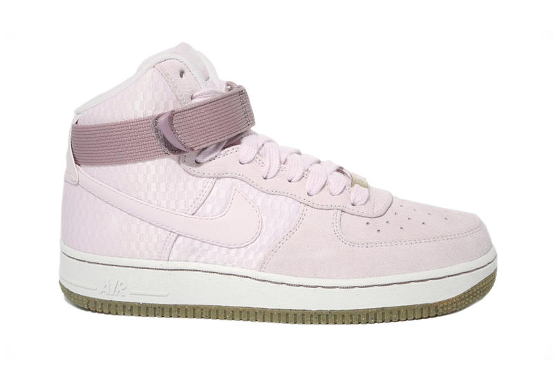 5d5d2c8cd2c6 Nike WMNS Air Force 1 High Premium Bleached Lilac Sneaker
