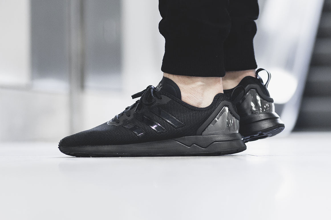 flux adidas all black