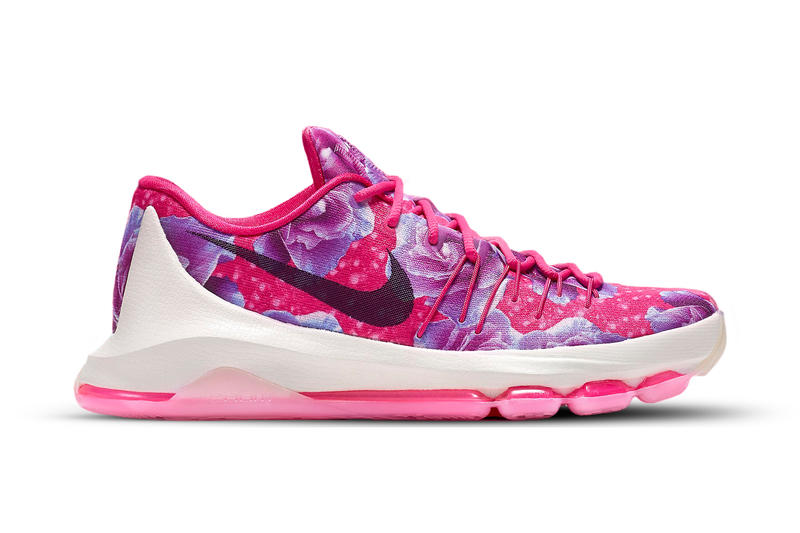 e1c3738e07b Kevin Durant   Nike s newest dedication to Aunt Pearl.