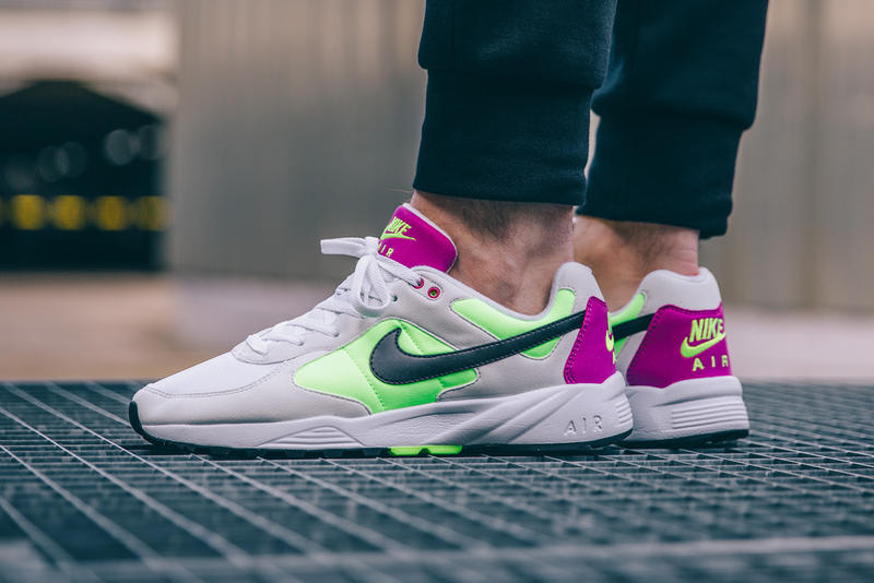 sale retailer e6ee9 16ff1 The Nike Air Icarus Returns in Another Early  90s Colorway