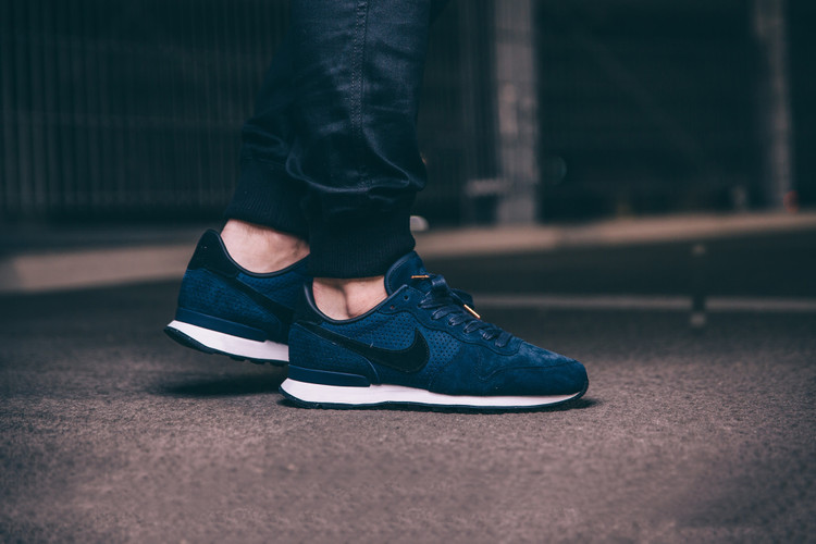 pretty nice 444f8 49629 Nike s Internationalist LX Silhouette Receives an