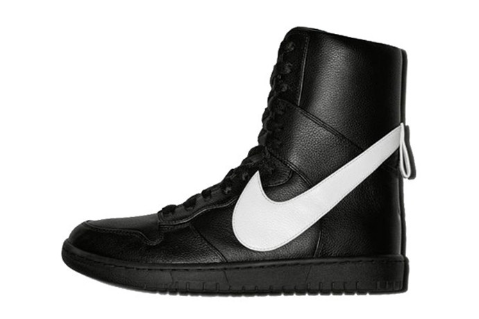 check out c6c5f 5ba30 A First Look at the Riccardo Tisci x NikeLab Dunk Lux High