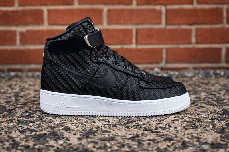 hot sale online 8d06b 53f9d Nike Air Force 1 High LV8