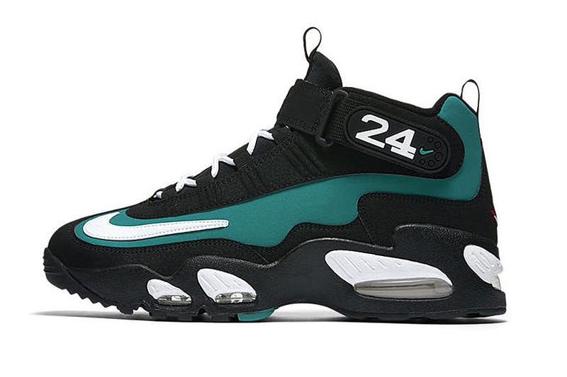 the latest 247f0 13782 Nike Air Griffey Max 1