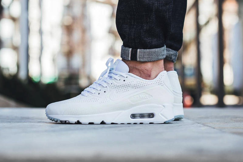 low priced 4ae3a 81492 The Nike Air Max 90 Ultra Moire Gets a Crisp All-White Makeover