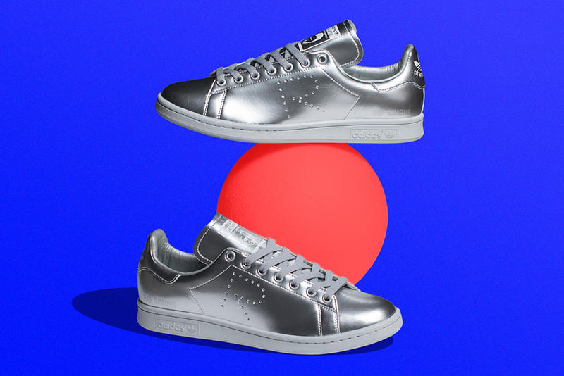 """The Raf Simons x adidas Originals Stan Smith """"Silver"""" Is Finally Available"""