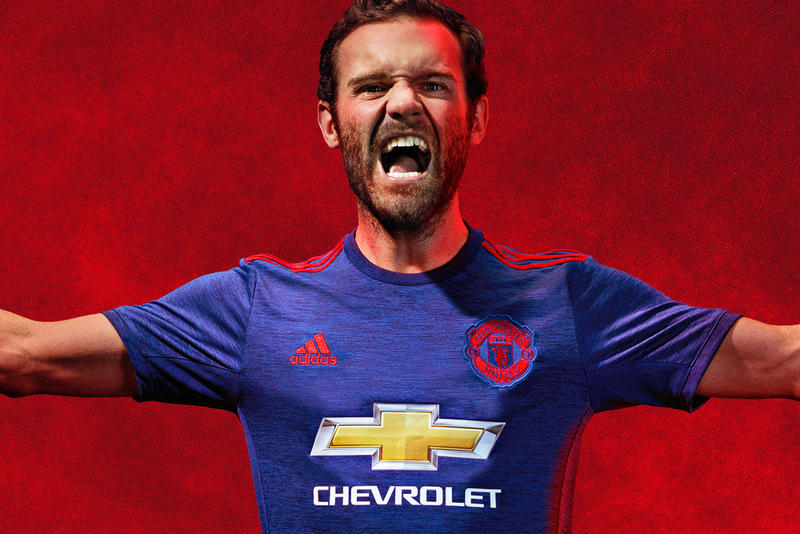 03dc9ab21 adidas Unveils Manchester United s Away Kit for 2016 17