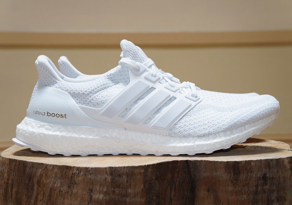 adidas Ultra Boost Triple White Finish
