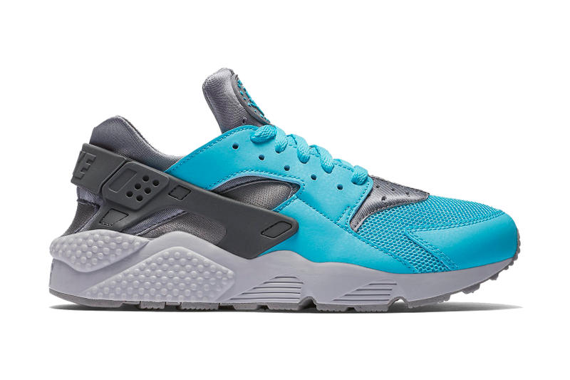 77f34badd649 The Nike Air Huarache Goes