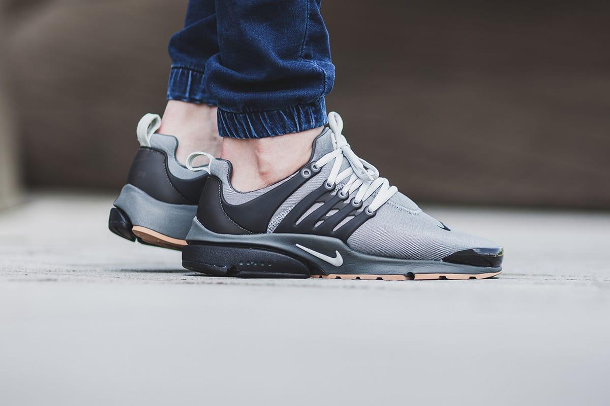 Nike Air Presto Premium Granite Sneaker