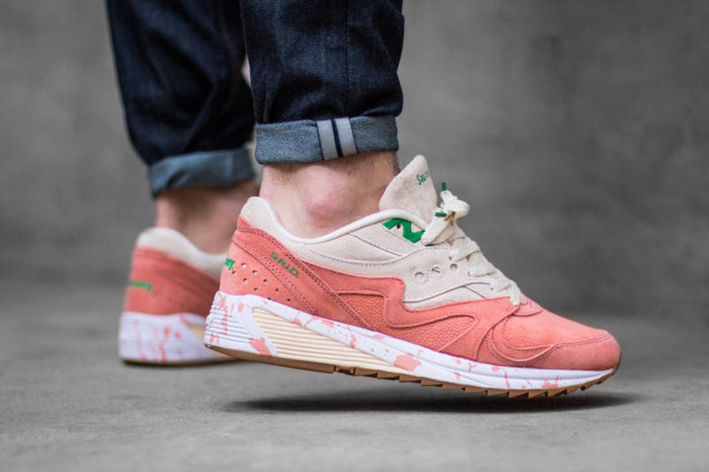 newest 72f1b 1f280 Saucony Pays Homage to Shrimp Scampi