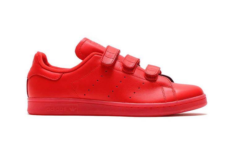 buy popular 3dbf5 2edd9 adidas Originals Goes All the Way Red With New Stan Smith CF