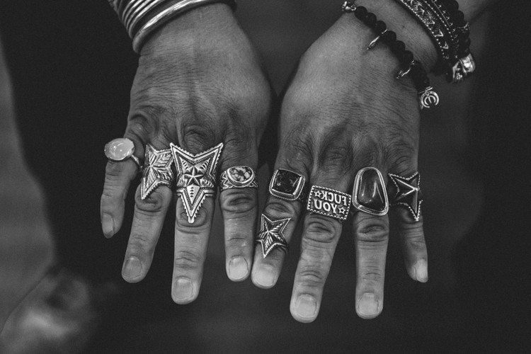 e8620160c9 Cody Sanderson Designs Jewelry With Anatomy in Mind