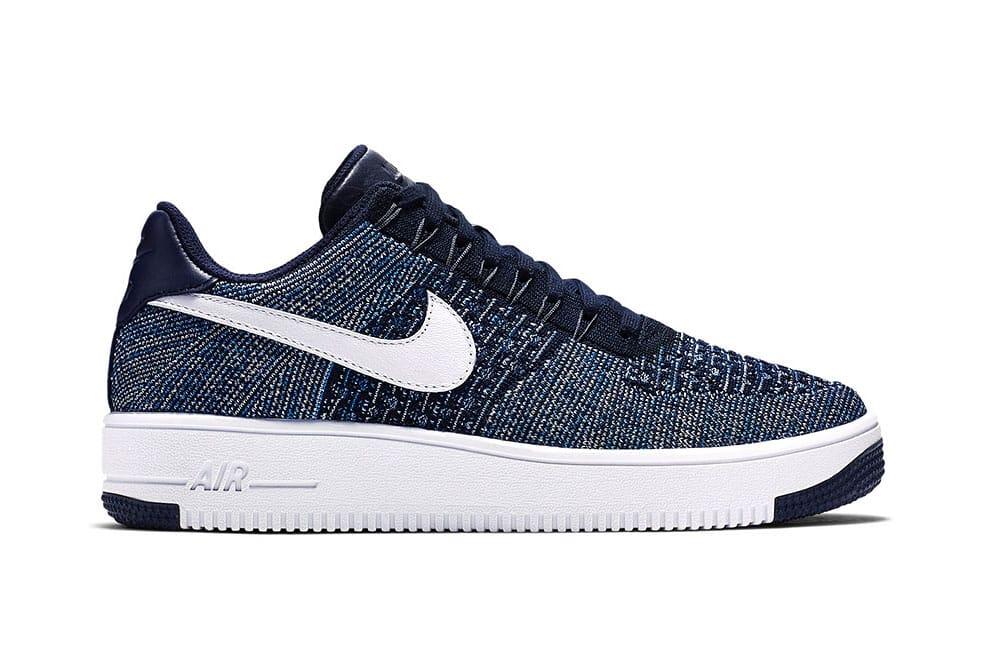 Nike Air Force 1 Flyknit Navy Sneaker