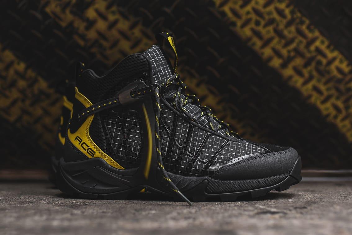Nike ACG Air Zoom Tallac Lite in Black