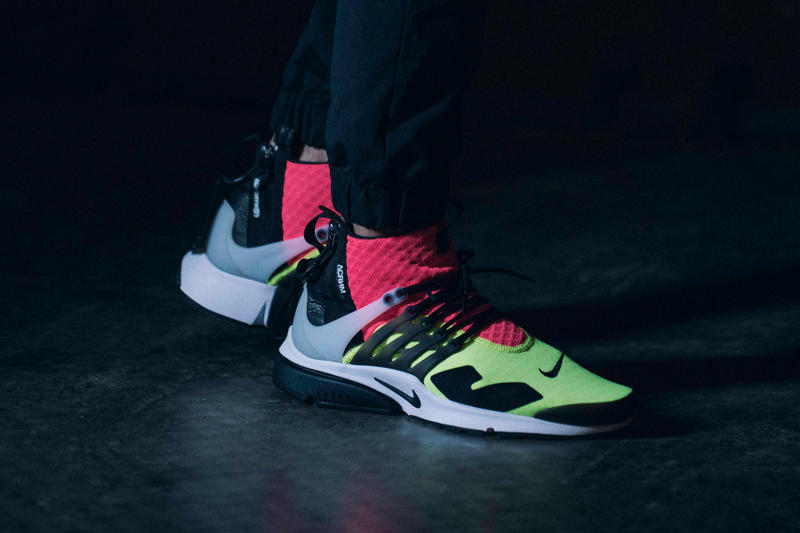 factory price c355b ade5c A Closer Look at the ACRONYM x NikeLab Air Presto Mid
