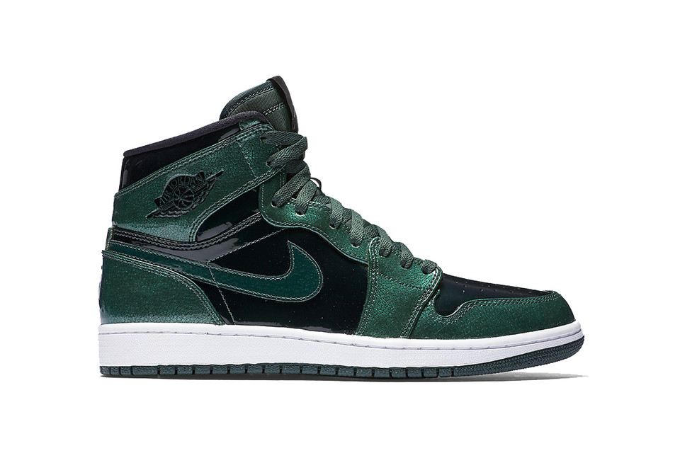 online store e3d40 a0f25 Air Jordan 1 Retro High