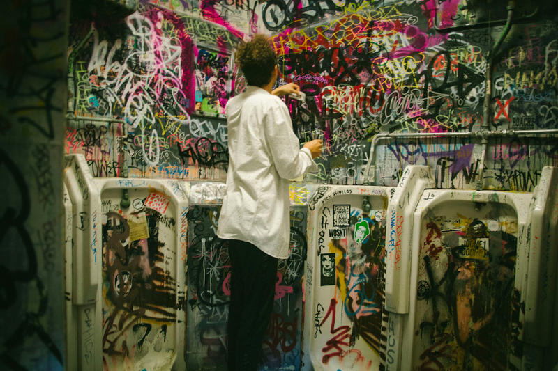 Anthony Lister Volcom clothing fashion skulls art graffiti