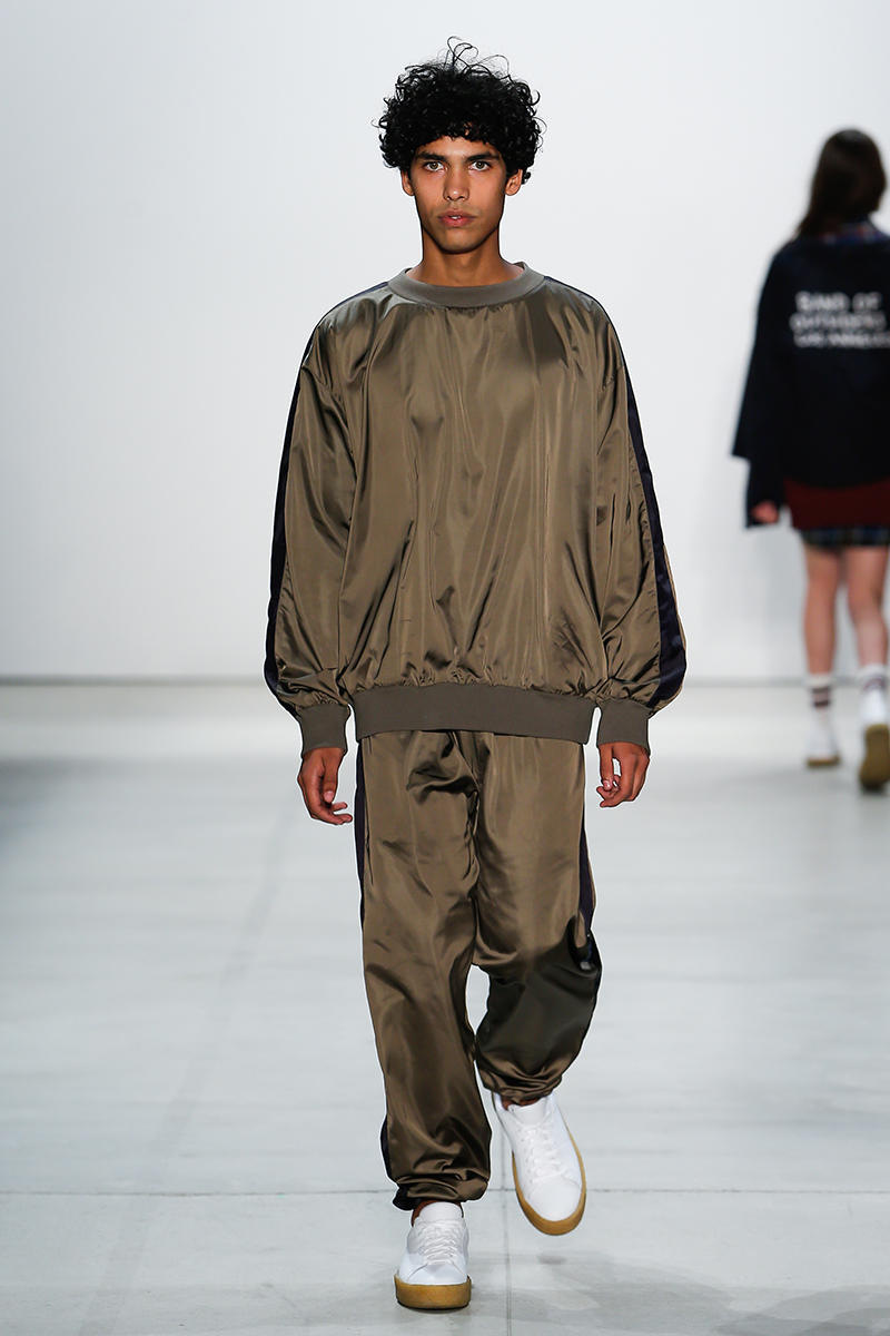 Band of Outsiders Return for 2017 Spring/Summer Runway Show New York Fashion week Scott Sternberg Los Angeles collegiate silhouettes camel, grey, burgundy, green, peach, olive, and baby blue