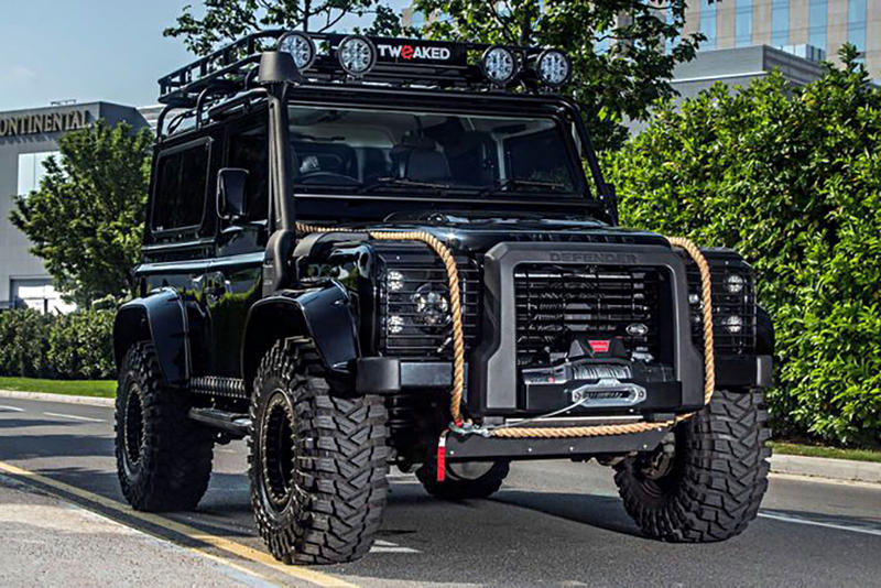 Land Rover Defender 'SPECTRE EDITION'