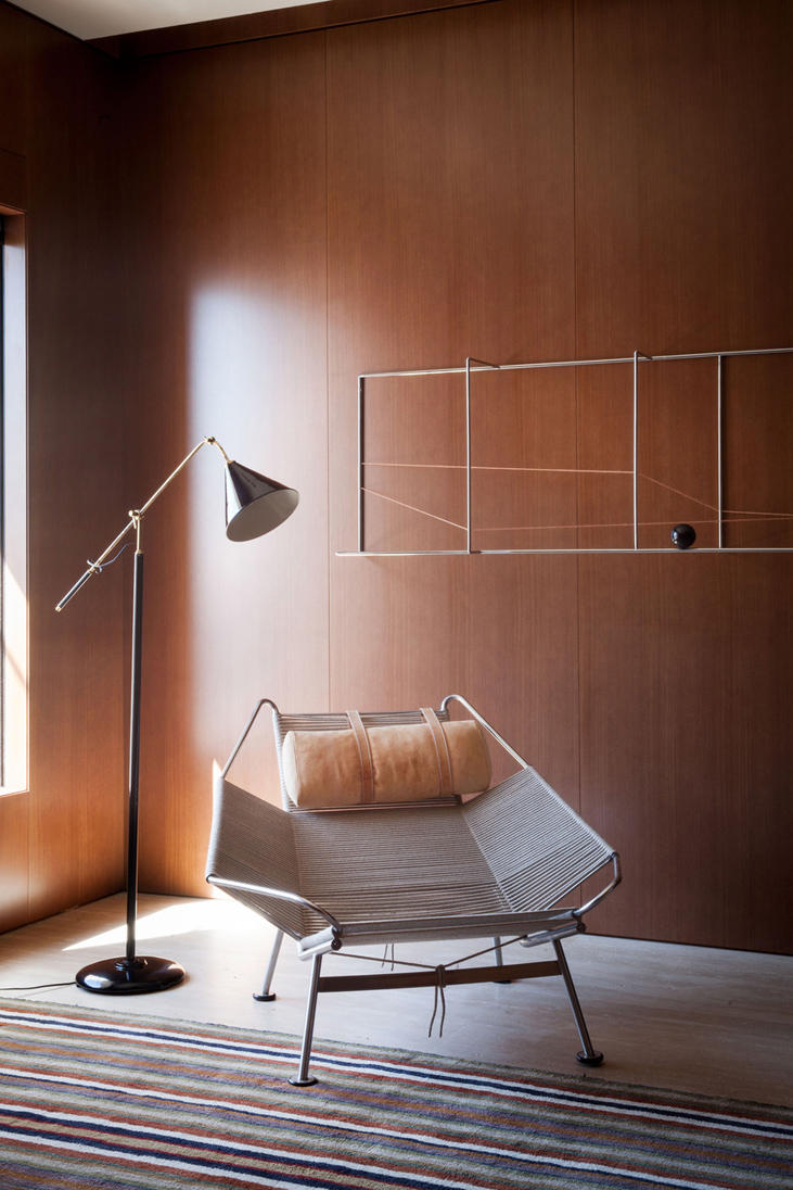 Penthouse Studio MK27