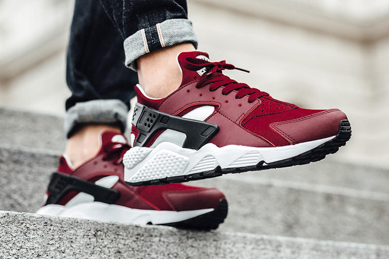 28db14df8edb Team Red  Colorway Is Coming to the Nike Air Huarache