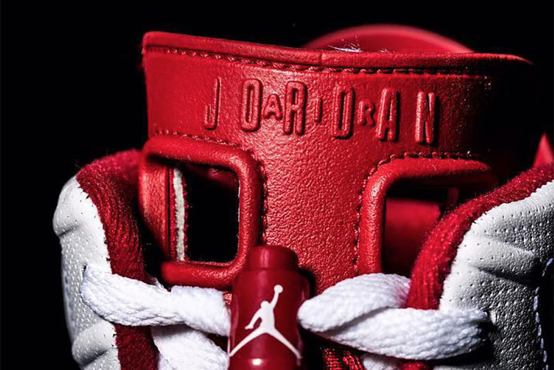 Air Jordan 6 Hare