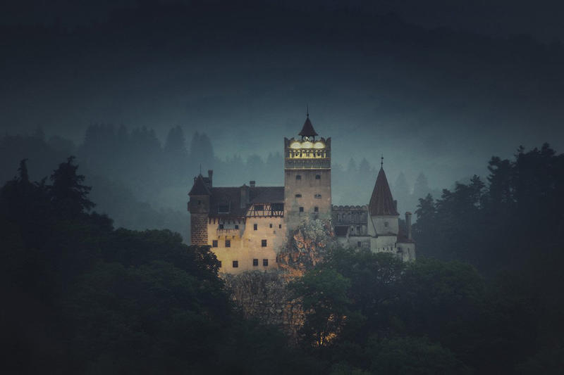Dracula's Castle Airbnb Halloween Giveaway