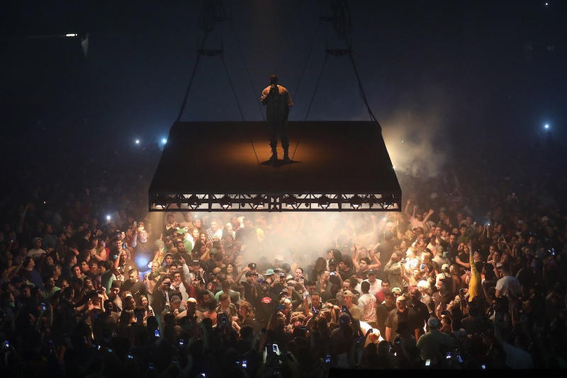 Kanye West Calls out Copycats on Saint Pablo Stage Design Rappers Edmonton Alberta Drake