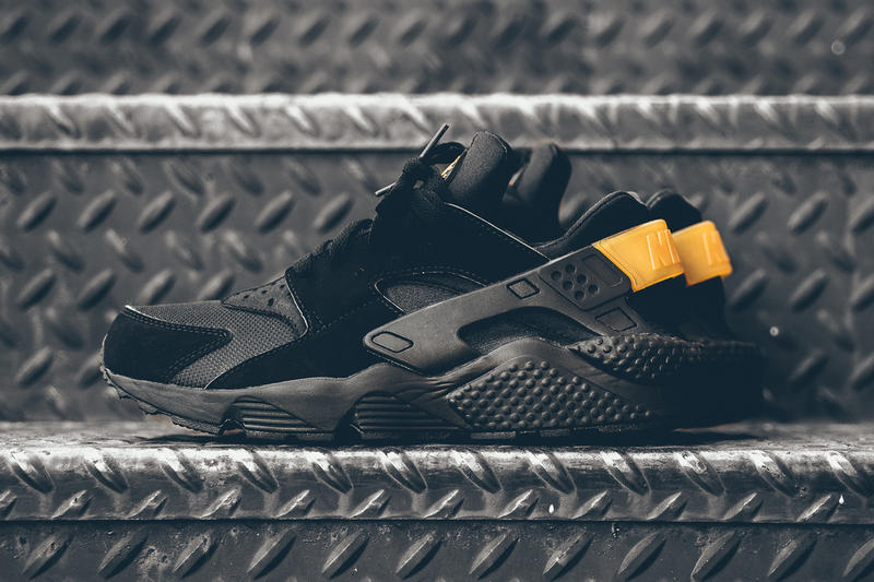 Nike Air Huarache Goes Black and Gold for a Simple, Yet Effective Touch