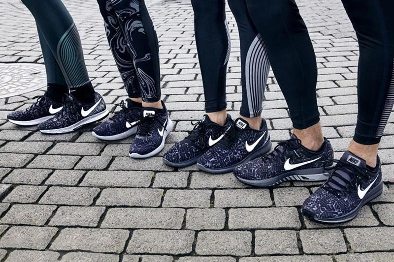 Nike Graphysis Running Collection