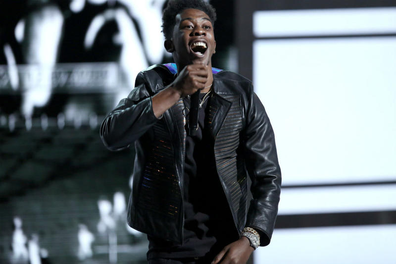 Philadelphia 76er Fans Boo Desiigner During Halftime Performance