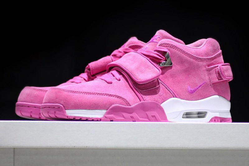 079e792e9 Sneaker Room Works With Victor Cruz for the Breast Cancer Awareness Air  Trainer Cruz