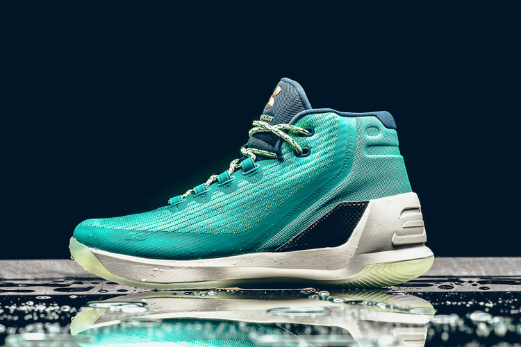 4684f793 This Under Armour Curry 3 Colorway Pays Homage to Steph's Slick Jumpshot ·  Footwear
