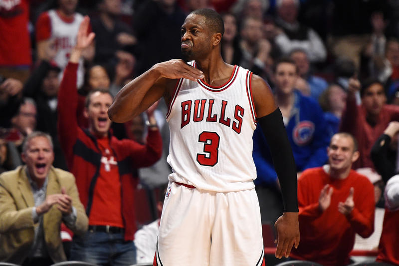 Dwyane Wade Chicago bulls game winning shot buzzer beater throat