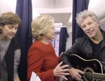 """Watch Hillary Clinton and Her Camp Nail the """"Mannequin Challenge"""""""