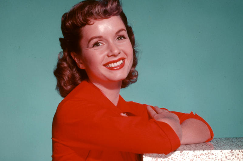 Debbie Reynolds Dies One Day After Daughter Carrie Fisher Passes