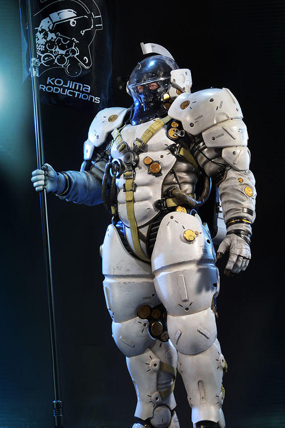 Hideo Kojima Productions Autographed Ludens Statue Sideshow Collectibles