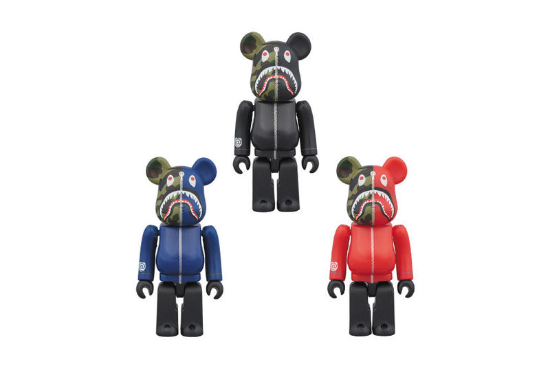 Medicom Toy Bearbrick BAPE 1st Camo Shark Hoodie Black Blue Red