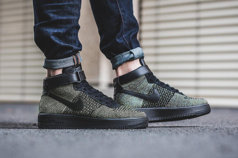 buy popular f2ed9 f0f08 Nike Air Force 1 Ultra Flyknit Mid Palm Green