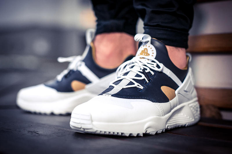 Nike Air Huarache Utility Premium White Midnight Navy Metallic Gold