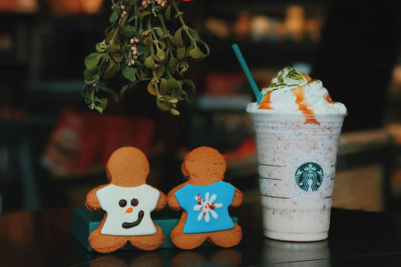 Limited Edition Starbucks Fruitcake Frappuccino